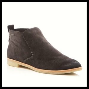 dolce vita // colt suede dark gray ankle boots NEW